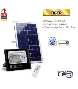 Прожектор светодиодный на солнечной батарее TIGER-10 10W 6400K пульт управления